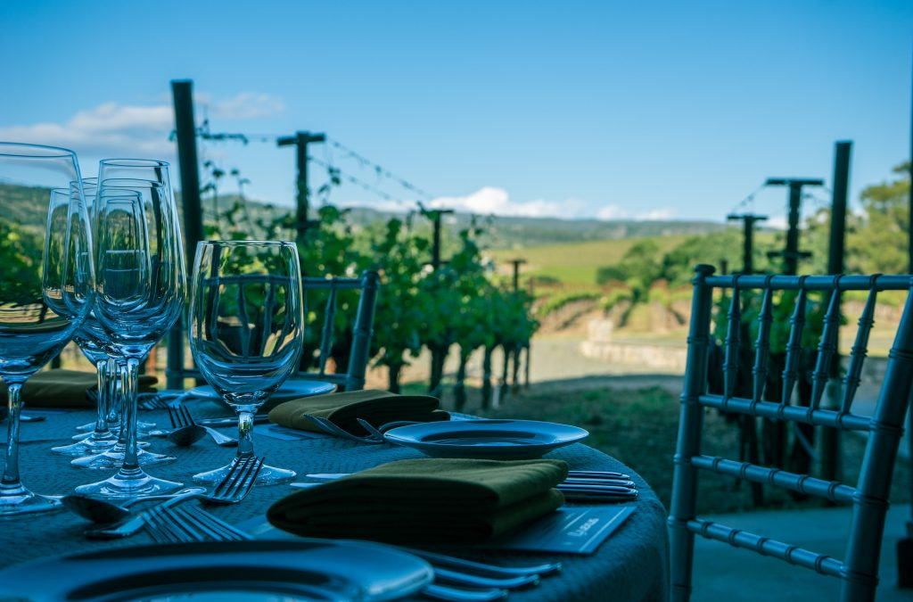 enjoy-a-glass-of-wine-at-napa-valley